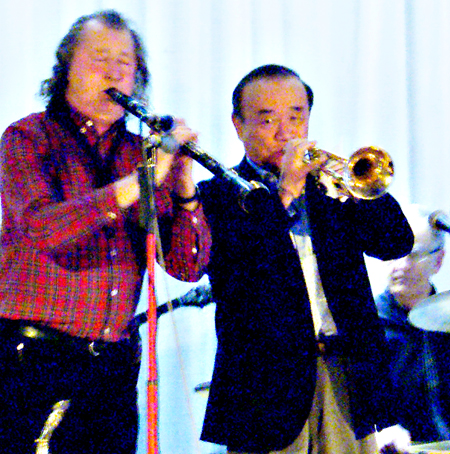 Yoshio Toyama and Sammy Rimington, Chilham, 2013 (Photo © Peter M Butler)