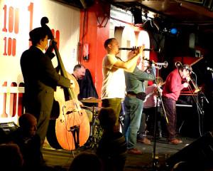 The Band: Ben Martyn (bass), Emile Martyn (dms), Adrian Cox (clt); Ged Hone (tmp), Mike Pointon (tmb), Tony Pitt (bjo); Ray Smith (pno)