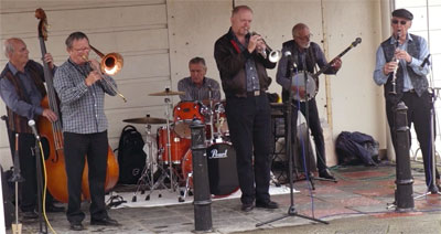 Burt Butler's Jazz Pigrims on the Sea Front, 2014.