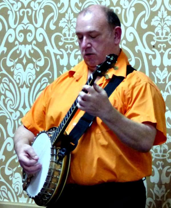 Kevin-Scott-Banjo