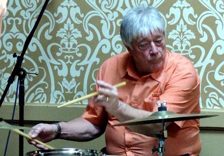 Pete-Lay-Drums