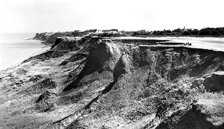 Herne Bay Cliffs in the 1950s