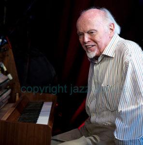 jq-john-critchinson-jq-001-jazzcamera
