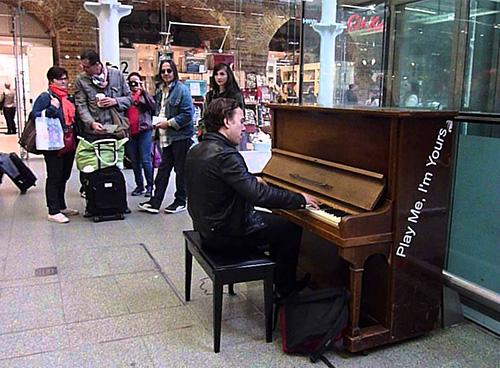 talent piano play